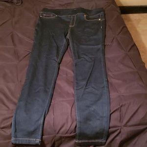 Thalia  sodi  skinny jeans